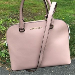 👛 NWT Pink Michael Kors Cindy Dome Satchel